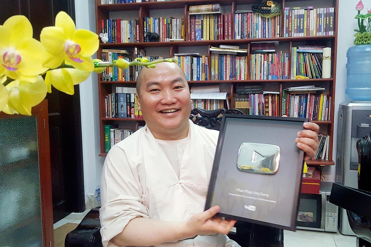 Kênh Phật Pháp Ứng Dụng Đạt Được Nút Play Bạc Youtube - 1