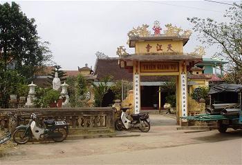 Ngôi chùa niệm Phật