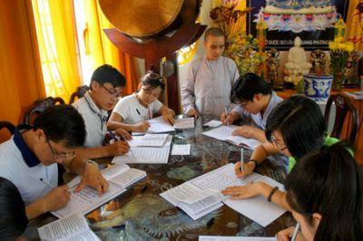 Chép Kinh bằng tay giúp tăng trưởng não bộ