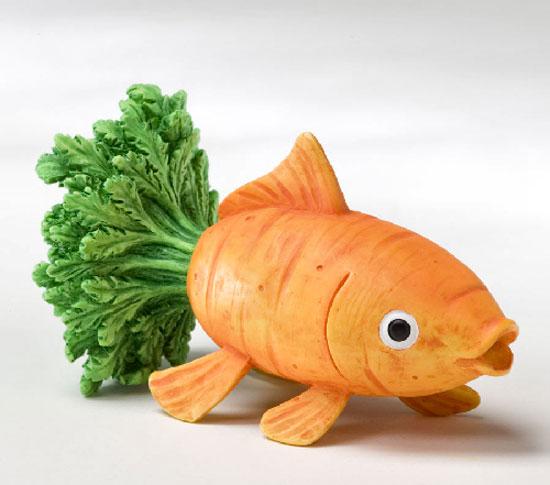 Chú thỏ câu cá bằng cà rốt
