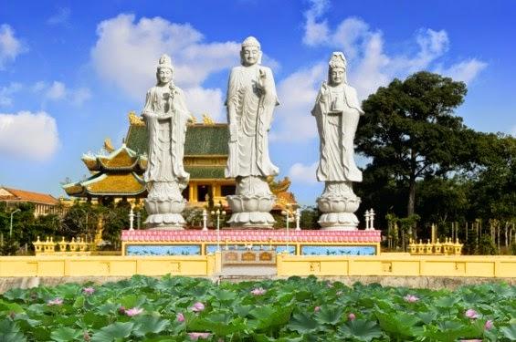 Đại Tòng Lâm Tự: một trong những ngôi chùa nhiều kỷ lục nhất Việt Nam