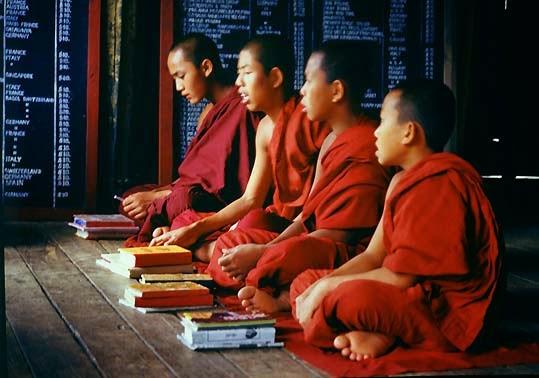Đạo Phật thực tế, không huyền hoặc