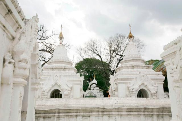 Độc đáo Tam tạng thánh điển ở chùa Kuthodaw