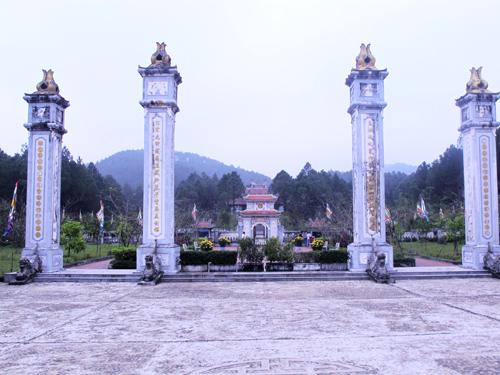 Khám phá đền Huyền Trân công chúa