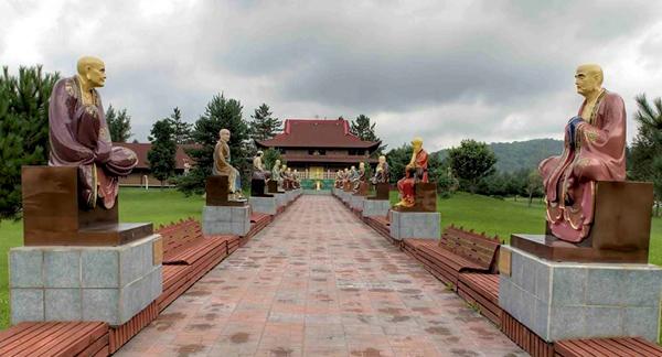 Nét đẹp của ngôi chùa Tam Bảo Sơn