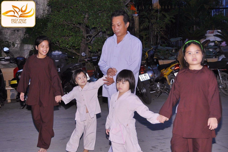 Nhân ngày 1.6, bàn về giáo dục thiếu nhi theo quan điểm nhà Phật