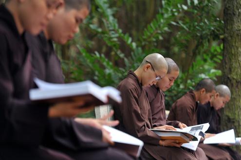Phật giáo và sự nghiệp giáo dục và đào tạo