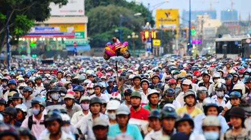 Phật tử phải tuân thủ luật giao thông