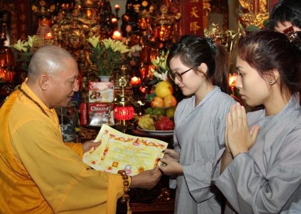 Phật tử tại gia với sứ mệnh hộ pháp và hoằng pháp