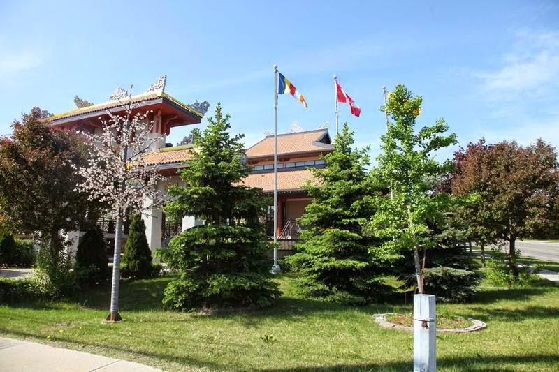 Thăm Chùa Pháp Vân (Canada)