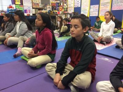 Trường học Mỹ dạy thiền cho học sinh