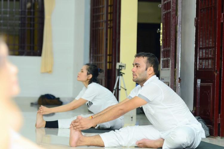 Master Yoga – Jitendra Gusain
